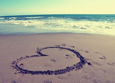 beach-cute-footprint-heart-love-Favim.com-136775